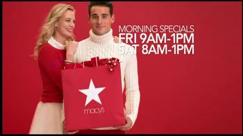 Macy's Perfect Gift Sale TV Spot, 'Be Santa' - Thumbnail 2