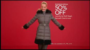 Macy's Perfect Gift Sale TV Spot, 'Be Santa' - Thumbnail 3