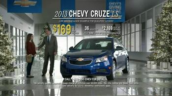 2013 Chevrolet Cruze LS TV Spot, 'Year End Event' - Thumbnail 9