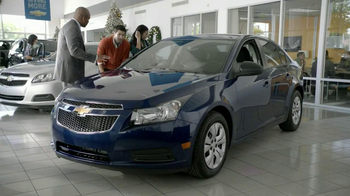 2013 Chevrolet Cruze LS TV Spot, 'Year End Event' - Thumbnail 3