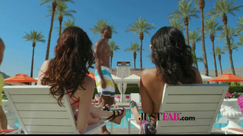 JustFab.com TV Spot, 'Poolside Browsing' - Thumbnail 2