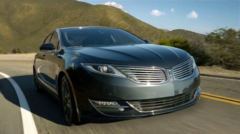 2013 Lincoln MKZ Hybrid TV Spot, 'Moving Forward' Featuring Abraham Lincoln - Thumbnail 6