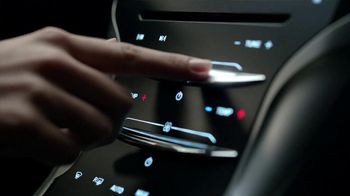 2013 Lincoln MKZ Hybrid TV Spot, 'Moving Forward' Featuring Abraham Lincoln - Thumbnail 7