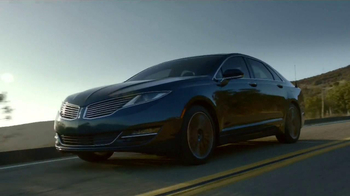 2013 Lincoln MKZ Hybrid TV Spot, 'Moving Forward' Featuring Abraham Lincoln - Thumbnail 9