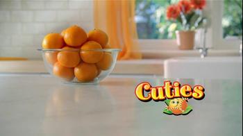 Cuties TV Spot, 'Small Hands'  - Thumbnail 6