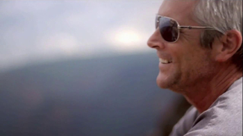 The Hawaiian Islands TV Spot 'Relaxation' - Thumbnail 6