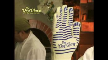 The 'Ove' Glove TV Spot, 'Chef' - Thumbnail 4
