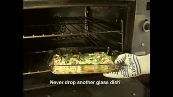 The 'Ove' Glove TV Spot, 'Chef' - Thumbnail 7