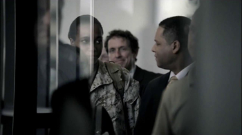 American Airlines TV Spot 'Military Pre-Boarding' - Thumbnail 4