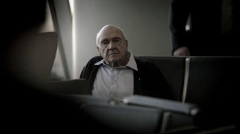 American Airlines TV Spot 'Military Pre-Boarding' - Thumbnail 5
