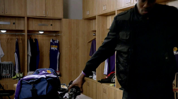 Foot Locker TV Spot, 'Ghost Hunter' Featuring Dwight Howard - 107 commercial airings