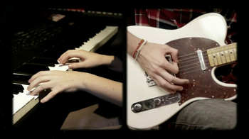 Guitar Center TV Spot, 'Yamaha Portable Keyboard' - Thumbnail 3