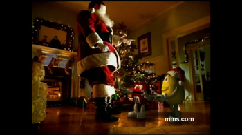 M&M's TV Spot, 'Fainting Santa' - Thumbnail 9