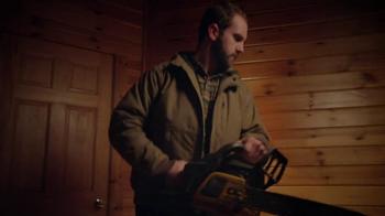 Carhartt Quick Duck Jackets TV Spot, 'Chainsaw' - Thumbnail 3