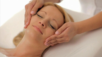 Massage Envy TV Spot, 'Gift of Massage Envy' - Thumbnail 2