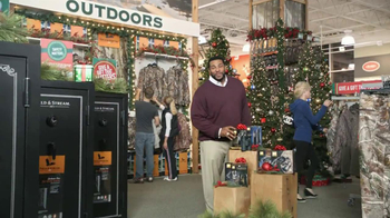 Dick's Sporting Goods TV Spot, 'Gifts to Get Better' Feauring Jerome Bettis - Thumbnail 7
