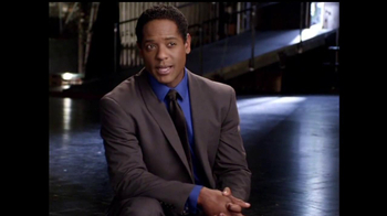 K&G Fashion Superstore TV Spot, 'Gift Getting' Featuring Blair Underwood - Thumbnail 3