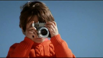 H&M TV Spot, 'Kids Sweaters' - Thumbnail 6