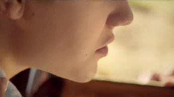 Justin Bieber's Girlfriend TV Spot  - Thumbnail 3