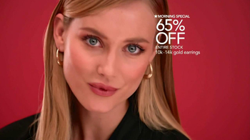 Macy's Extra Special Sale TV Spot, 'December' - Thumbnail 5