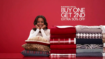 Macy's Extra Special Sale TV Spot, 'December' - Thumbnail 7