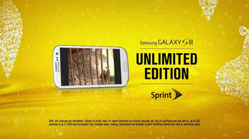 Sprint TV Spot, 'Animals Sing Deck the Halls' - Thumbnail 10
