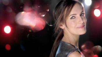 Olay Regenerist TV Spot, 'Red Jars' Featuring Emily Caillon - Thumbnail 8