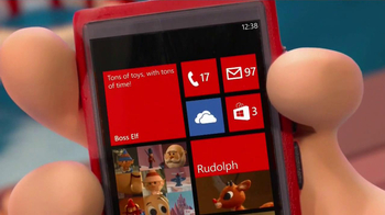 Windows Phone TV Spot, 'Santa's Phone' - Thumbnail 4