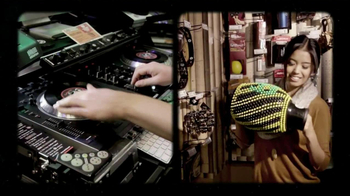Guitar Center TV Spot, 'Bullet Strat, Ukuleles' - Thumbnail 4