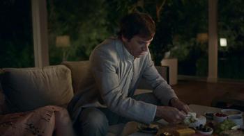 DIRECTV TV Spot, 'Dinner Party' - Thumbnail 8