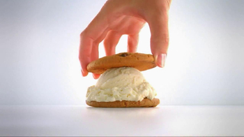 Carl's Jr TV Spot, 'Ice Cream Sandwich' - Thumbnail 3