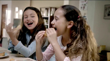 Kraft Cheeses TV Spot, 'Casa de Muñecas' [Spanish] - Thumbnail 10