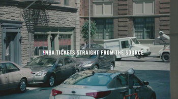 NBA Tickets TV Spot, 'Special Delivery' Featuring Rudy Gay - Thumbnail 10
