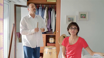 Tide+Bleach TV Spot, 'Yo No Tengo Crisis' [Spanish] - Thumbnail 10
