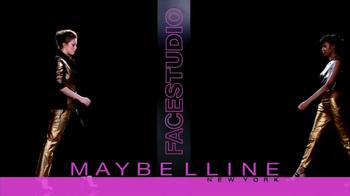Maybelline New York Master Glaze TV Spot [Spanish] - Thumbnail 10