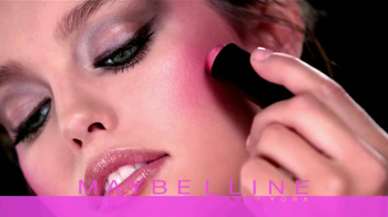 Maybelline New York Master Glaze TV Spot [Spanish] - Thumbnail 2