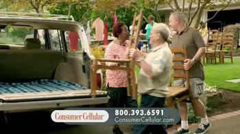 Consumer Cellular TV Spot, 'Yard Sale: Plans $10+ a Month' - Thumbnail 8