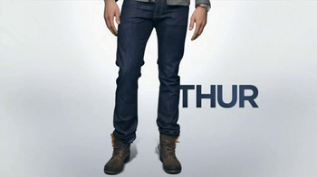 HauteLook TV Spot, 'Look of the Week' - Thumbnail 6