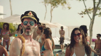 Hotels.com TV Spot, 'Captain Obvious' - Thumbnail 4