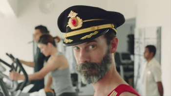 Hotels.com TV Spot, 'Captain Obvious' - Thumbnail 6