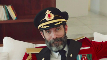 Hotels.com TV Spot, 'Captain Obvious' - Thumbnail 7
