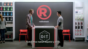 Radio Shack TV Spot, 'Casco Traductor' [Spanish] - Thumbnail 2