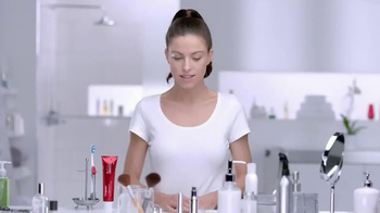 Colgate Optic White TV Spot, 'Getting Ready' - Thumbnail 1