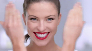 Colgate Optic White TV Spot, 'Getting Ready' - Thumbnail 2