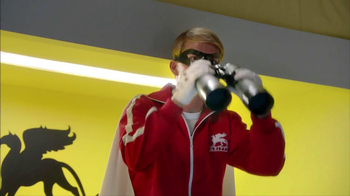 2014 Kia Optima TV Spot, 'Boxing Intern' Ft. Blake Griffin, Jack McBrayer - Thumbnail 4