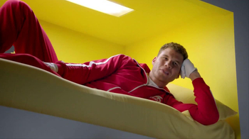 2014 Kia Optima TV Spot, 'Boxing Intern' Ft. Blake Griffin, Jack McBrayer - Thumbnail 5