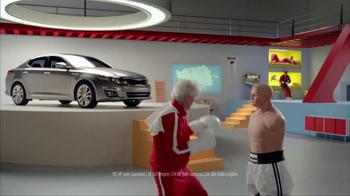 2014 Kia Optima TV Spot, 'Boxing Intern' Ft. Blake Griffin, Jack McBrayer - Thumbnail 7