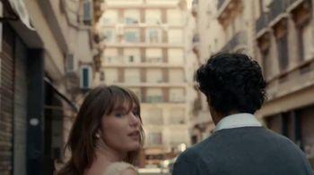 Stella Artois TV Spot, 'Stroll'