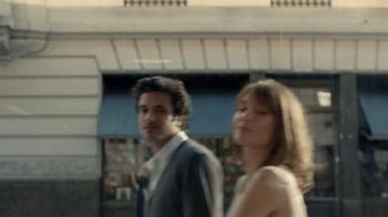 Stella Artois TV Spot, 'Stroll' - Thumbnail 3
