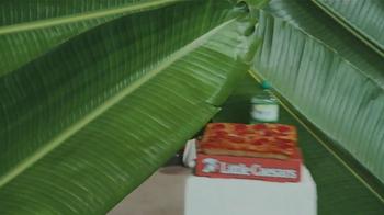 Little Caesars Pizza TV Spot, 'Deep Dish Combo Mambo' [Spanish] - Thumbnail 2